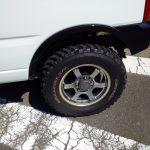 ジムニーのタイヤが工賃込みでこんなに安く!?私が選んだタイヤはこれだ!