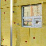 埼玉でローコスト住宅を建てる!工事48~49日目。断熱材が終了。天井にボードが…