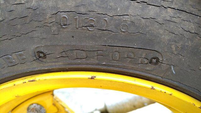 1996年製造のタイヤ