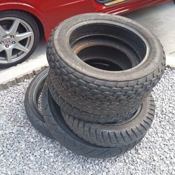 処分をお願いする廃タイヤ
